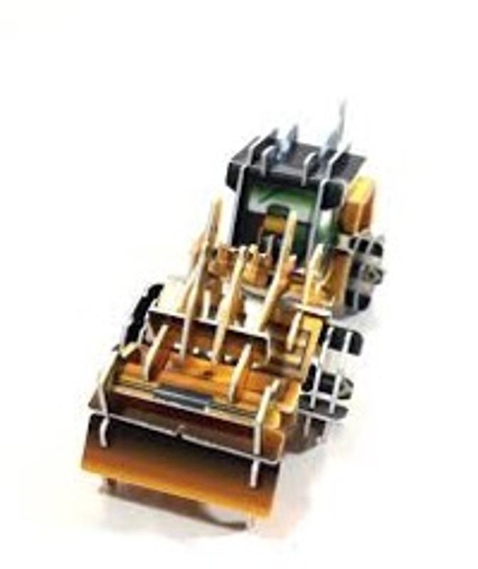 Mega Z Cardz Miniature 3-D Puzzle - Loader
