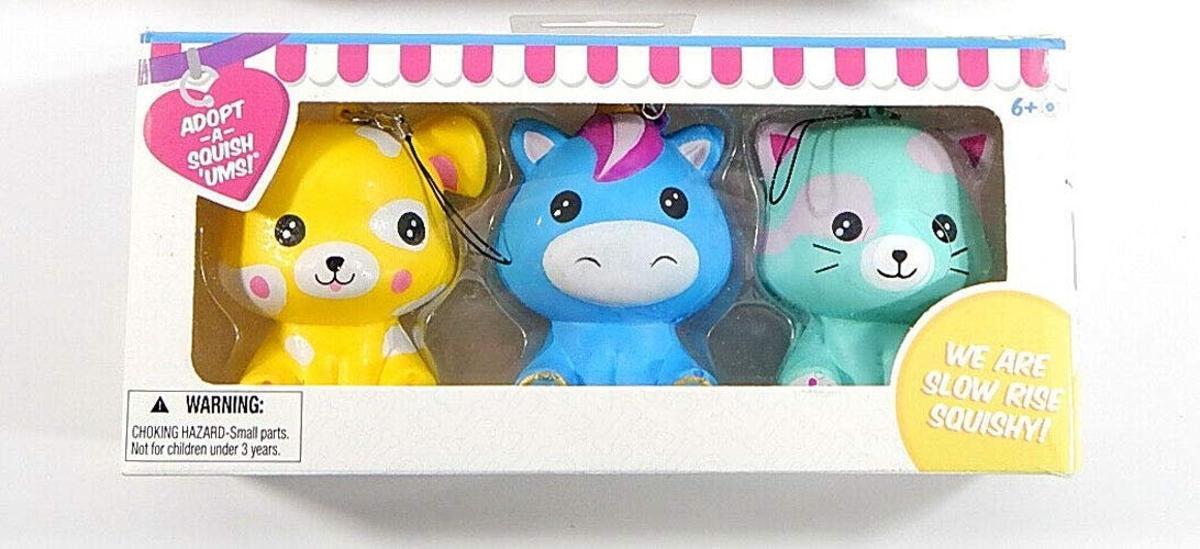 Squish 'Ums Pet Boutique Adoption Kit 3-Figure Box Set Random Colors